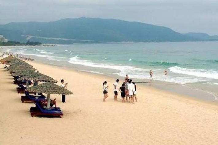 银沙滩2.jpg