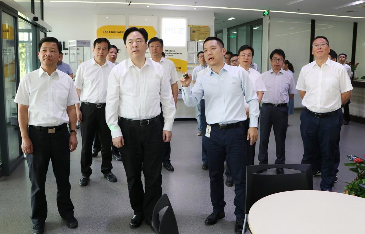 常州市市长陈金虎调研中国(常州)德国中心建设情况