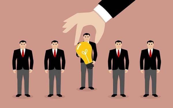社群商业模式 = IP + 社群 + 场景 + 分享经济