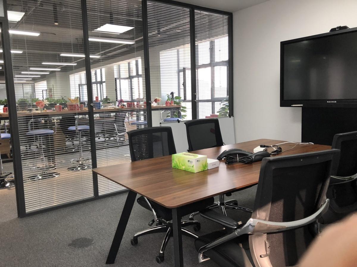 会议室环境.JPG