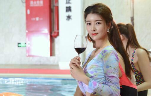 刘亦彤盛誉归来演绎《燕赤霞猎妖传》神秘女角