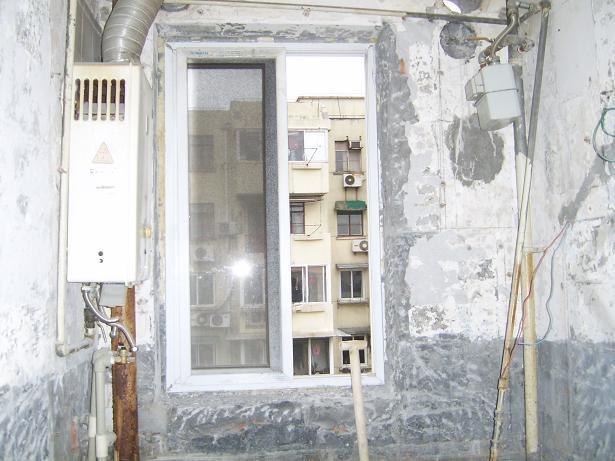 20047371.jpg