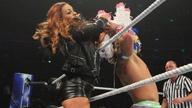 TJP联手麦克·肯尼尔斯对抗卢卡家族!《WWE 205 Live 2018.12.06》