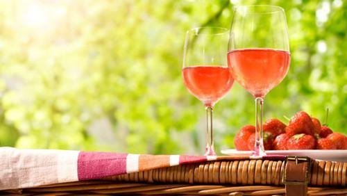 粉红葡萄酒