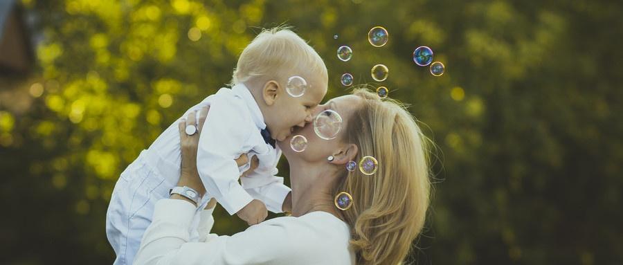 妈妈和宝宝.jpg