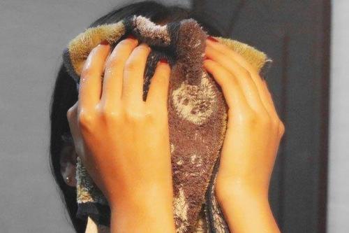 毛巾用太久,黏脸又难闻,用完这一招,就像换了新毛巾