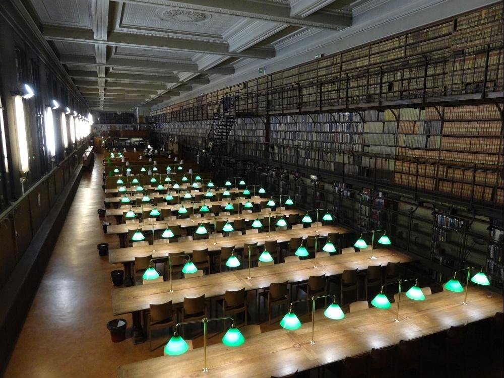 La bibliothèque inter-universitaire de santé à Paris.jpg