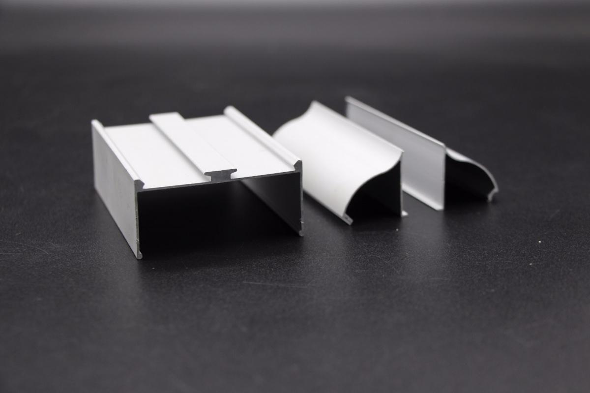 龙大净化铝材