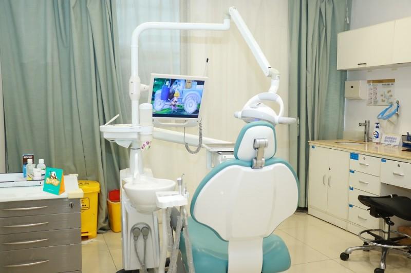 儿童专用牙科诊室01.jpg