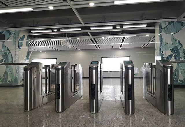 5.1地铁站.jpg