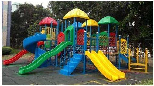 玩具商店B,玩具既销售,又出租给幼儿园,收取租金.png