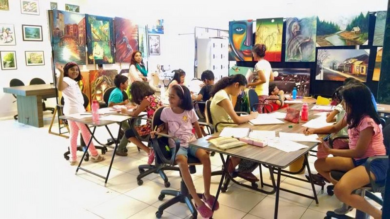 Konsult-Art-Design-Academy-Children-during-Art-Class.jpg