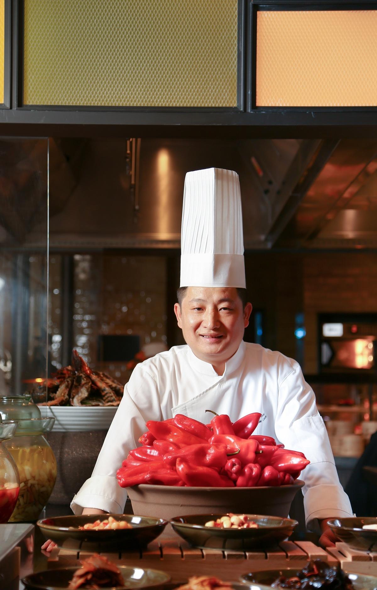 长沙君悦酒店咖啡厅厨师长——董韶龙 Mark Dong.jpg