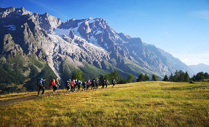 val-veny-hiking-(3).jpg