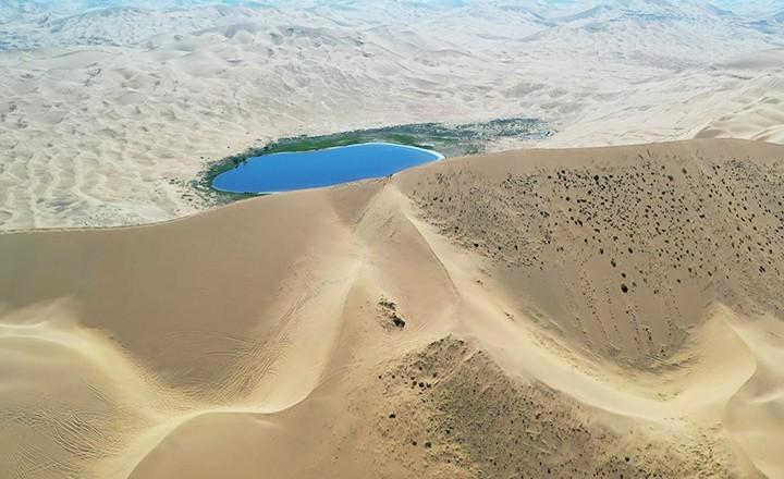 沙漠珠峰.jpg