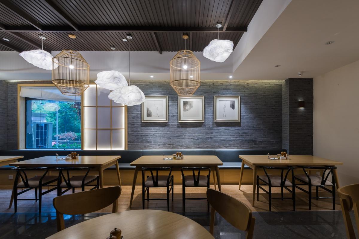 餐厅 (2).jpg