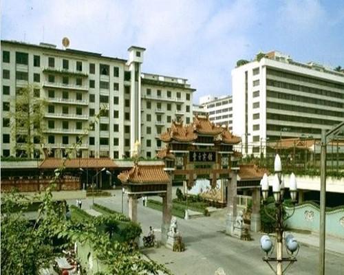 广州东方宾馆-80年代.jpeg