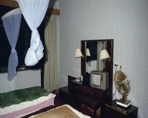 80年代旅馆-2.jpeg