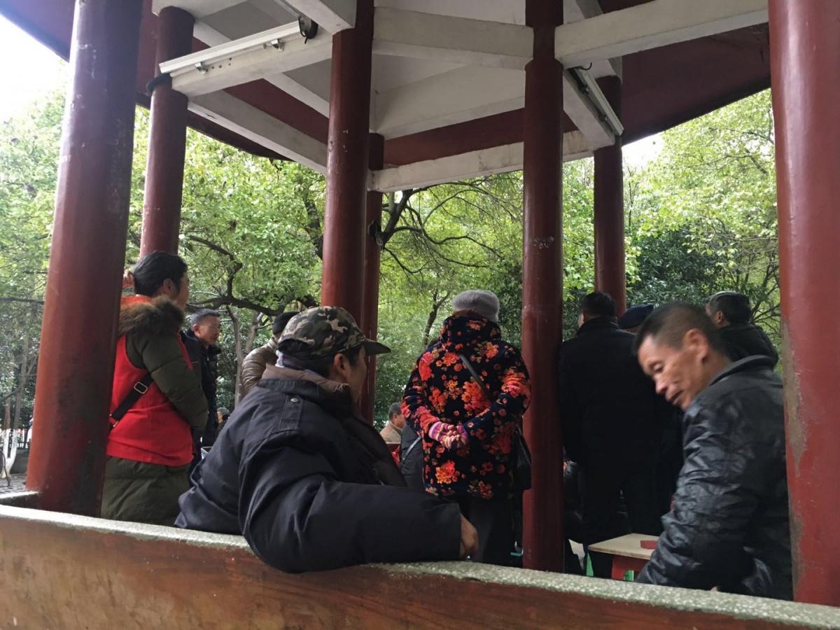 燕泉游园人文关怀为老服务活动1.jpg