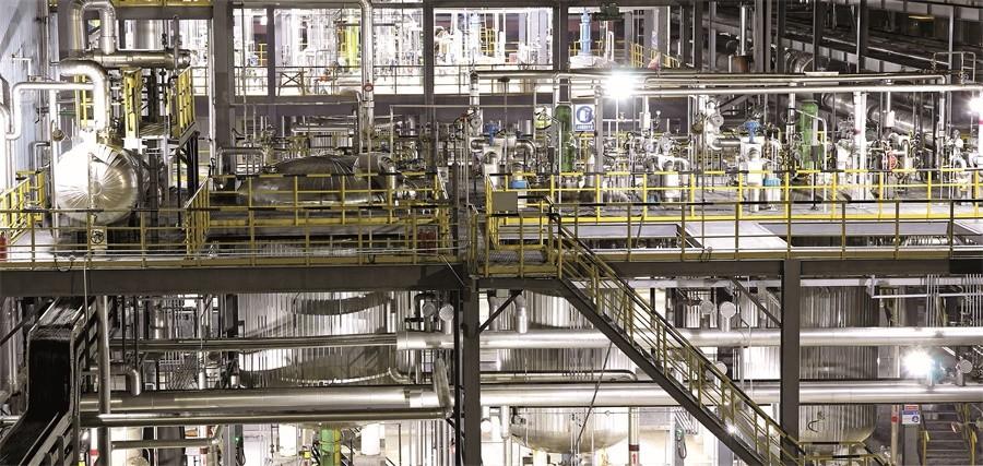 06 青岛奥门葡京新河产业园区年产1.5万吨二乙芳胺生产线引进世界最先进的技术与装备,建成后为国内首套应用自主醇法工艺的全自动生产线.JPG