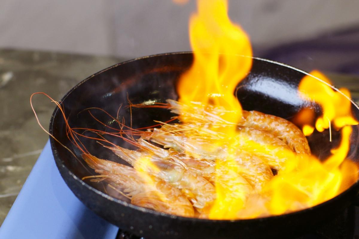 周2 香煎阿根廷红虾1.jpg