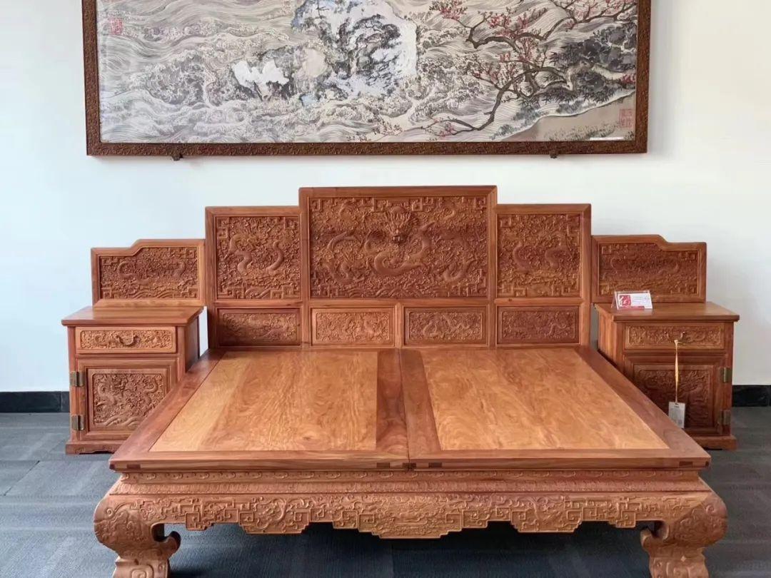 使用缅甸花梨木家具对人体是有一定的好处的69.jpg