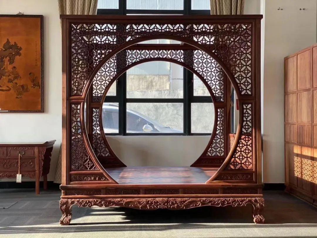 使用缅甸花梨木家具对人体是有一定的好处的183.jpg