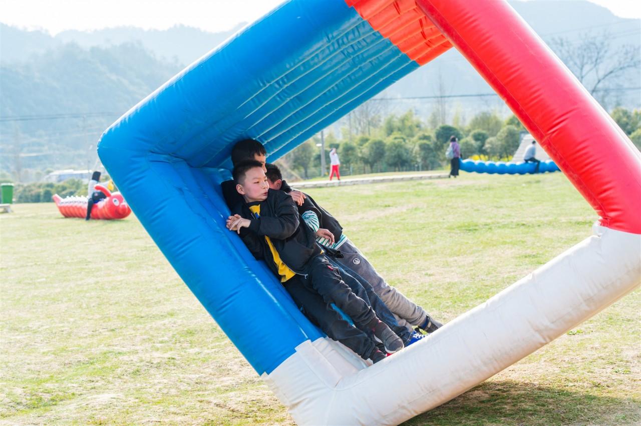 【杭州风之谷】五一假期新玩法!只需299元可坐热气球看日出+露营+篝火+烧烤,尽在临安Mountain Games风之谷!动静两相宜,还有满满的北欧风情,还不来打卡吗~~