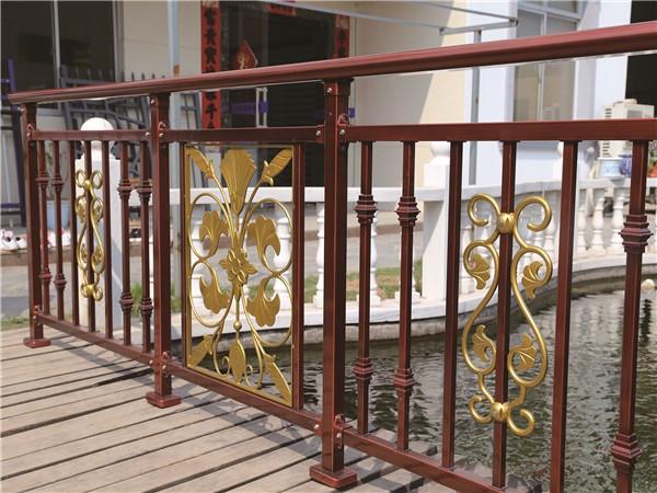 锌钢阳台护栏-005_副本.jpg