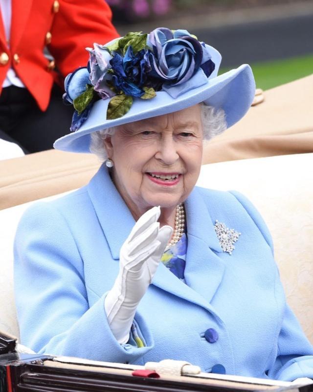 、女王.jpg