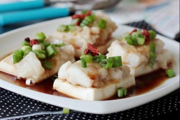 豆腐鲜蒸海鱼.png